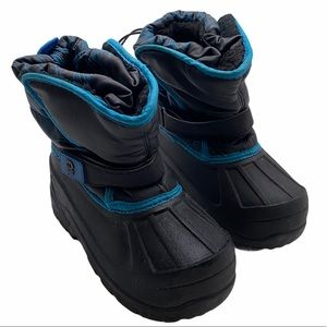 5/$20 Avalanche black and blue snow boots